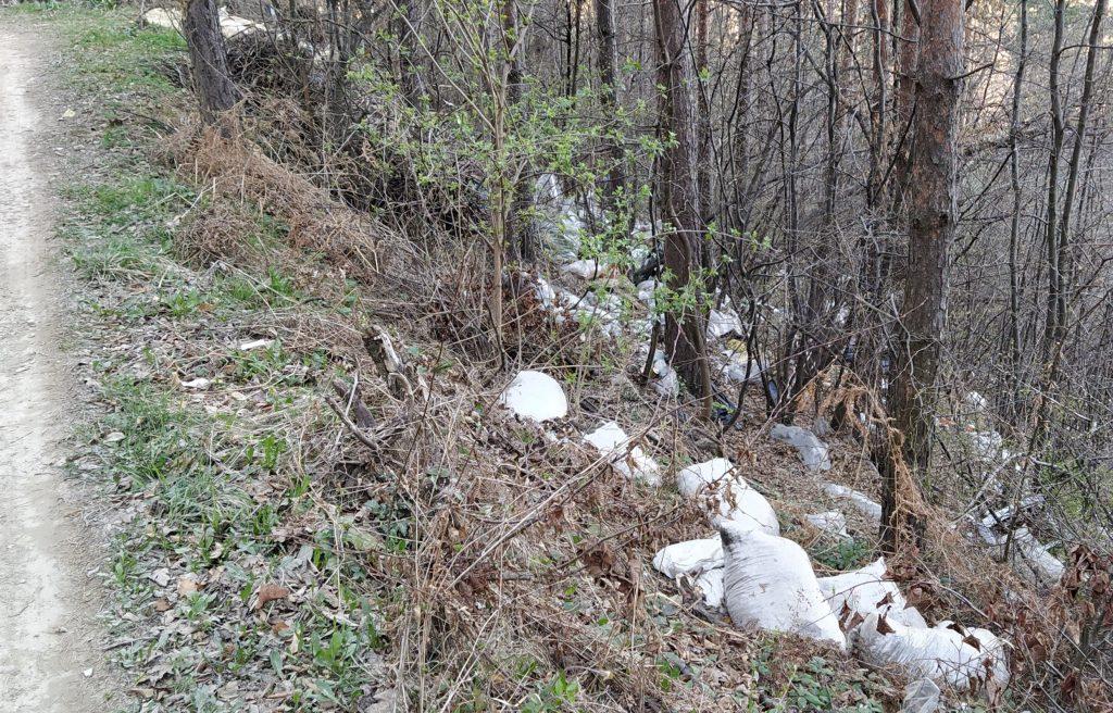 Jedna od hiljada divljih deponija u Bosni i Hercegovini